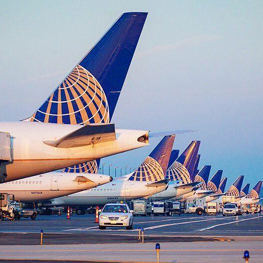 Unites_comme_un_avion