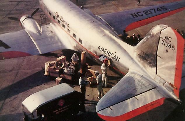 DC3 American Airlines - monter par la droite
