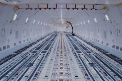 ups-airlines-interieur-boeing-747-fret