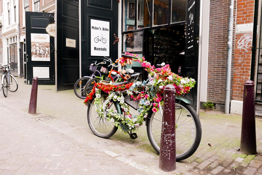 Devanture de la boutique Mike's Bikes à Amsterdam