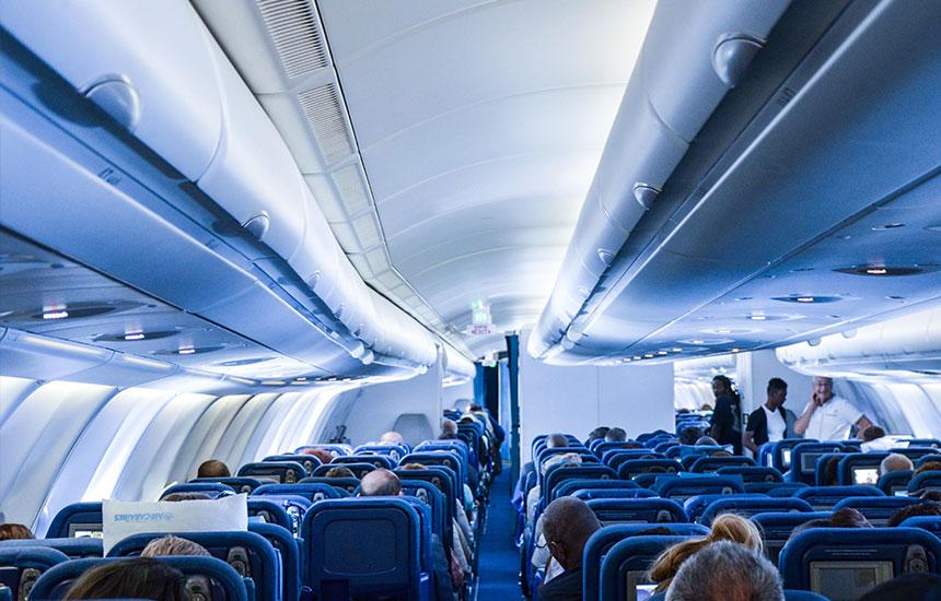 A330 a350 xwb b777 b747 les avions des cara bes for Interieur 747 corsair