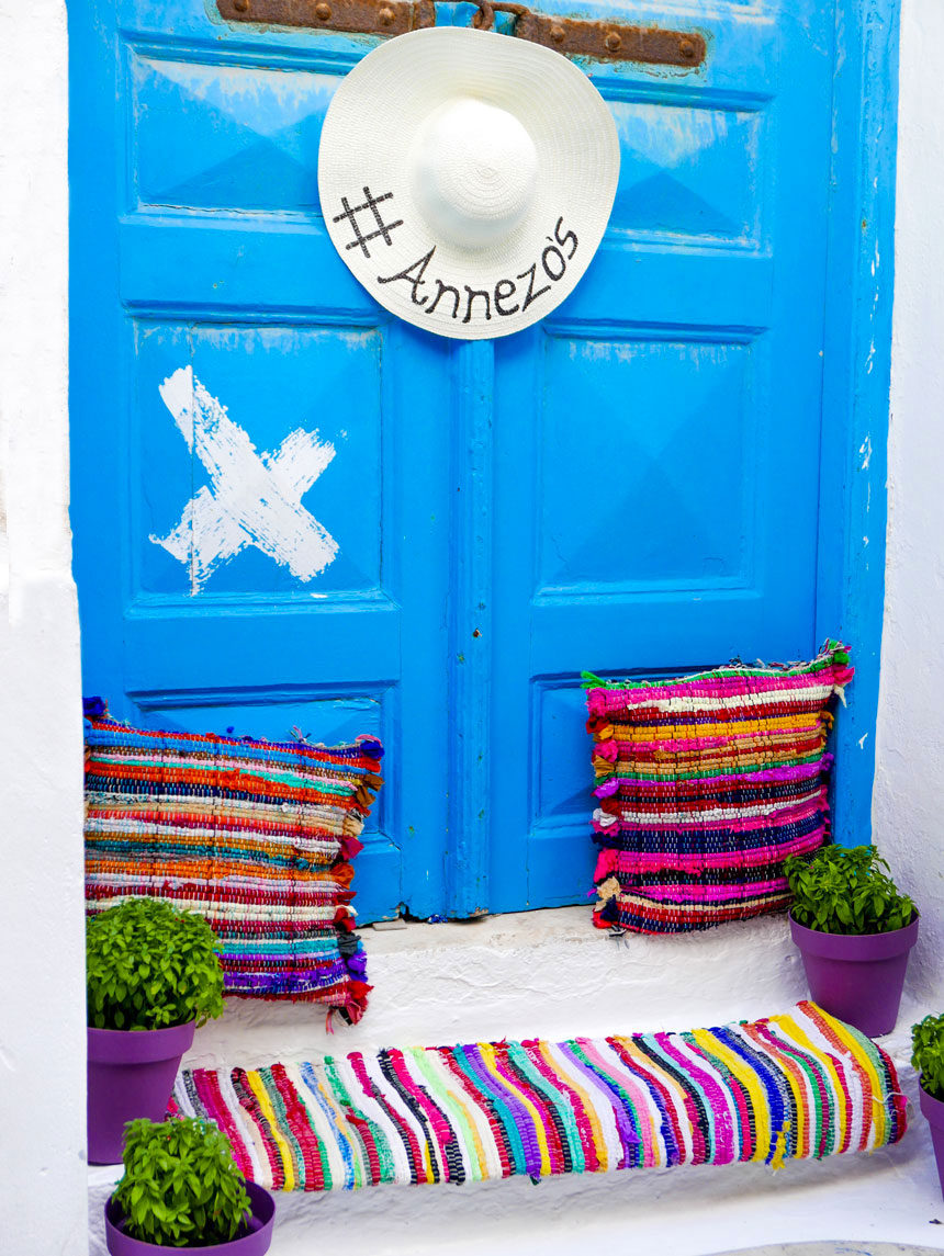 Porte dans les rues de Chora Mykonos