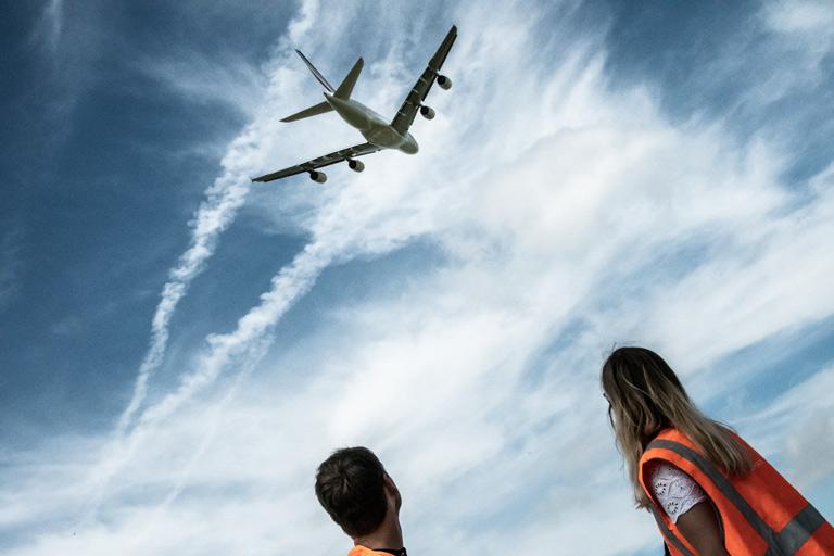 La rédac' de Commeunavion sous les avions !