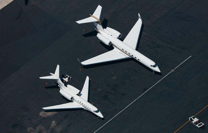 Karl-Hab-Jet-tarmac