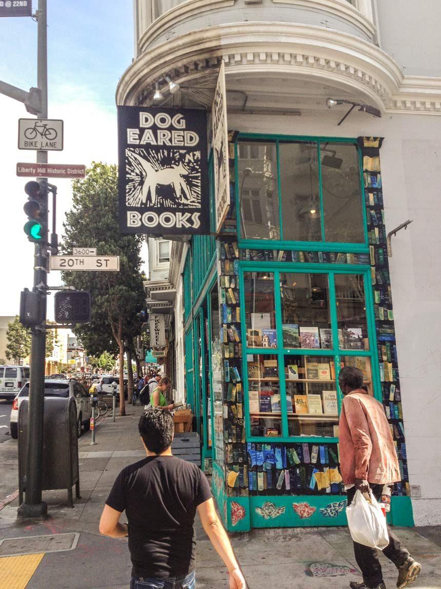 Une librairie à Mission District